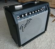 Fender Frontman 15R Gitarrenverstärker