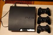 Playstation 3 mit 3 Controllern