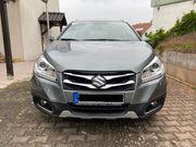Suzuki Sx4 S-Cross Vollausstattung Scheckheftgepflegt