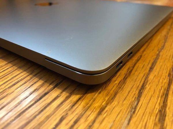 Apple MacBook Pro 13 2016