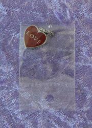 Herz mit Love Strasssteinchen