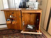 Elektrische Pfaff Schrank-Nähmaschine