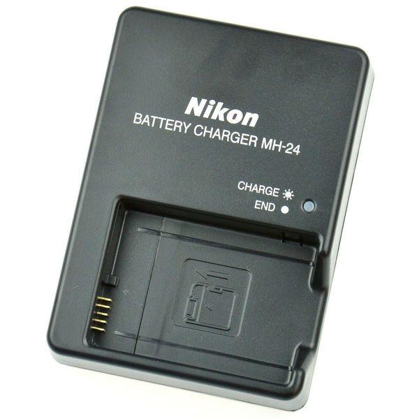 Nikon Ladegerät MH-24 für Akku