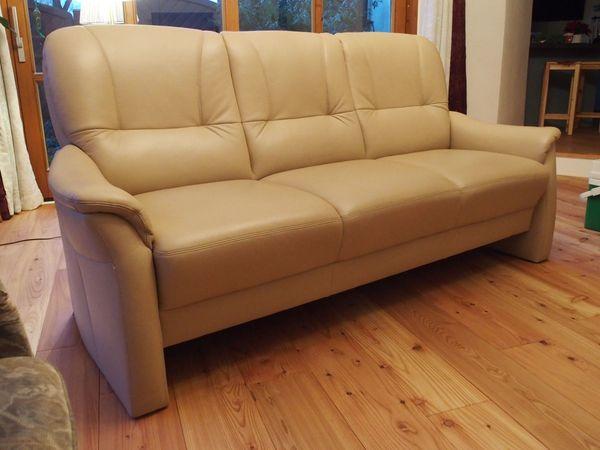 Sofa Ledersofa Couch Polster Wohnzimmermöbel