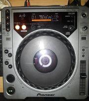 Pioneer CDJ 800 Turntable