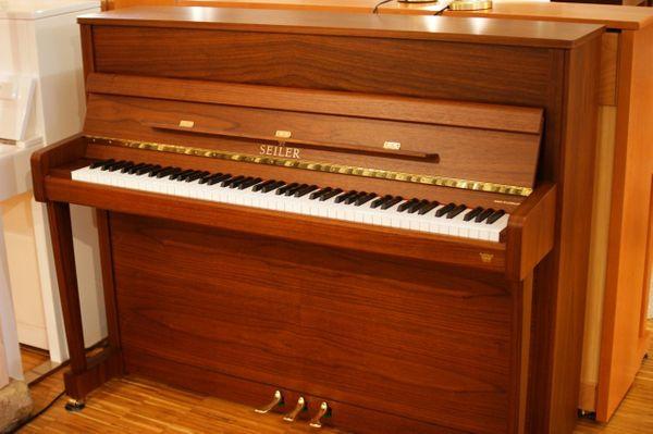 Klavier Seiler 116 Nußbaum preisreduz. Ausstellungsstück mit Garantie (auch Schimmel, Sauter verfügb