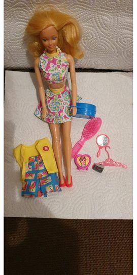 Sonstiges Kinderspielzeug - Barbie Kleidung aus den 80
