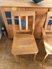 Vier Stühle aus Birkenholz je
