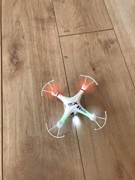 Quadrocopter Spiel Drohne vollständig mit: Kleinanzeigen aus Bad Schönborn - Rubrik RC-Modelle, Modellbau