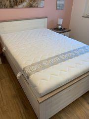 Hochwertiges Mustering Bett 140cm x