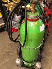 schutzgasflasche voll frisch befüllt