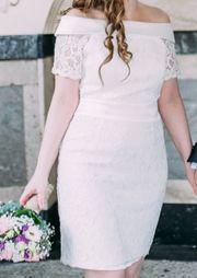Hochzeitskleid Apart Carmenausschnitt