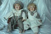 Singendes Puppenpaar mit Bank 2