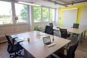 Vollausgestatteter Büro-Arbeitsplatz im Coworking Space