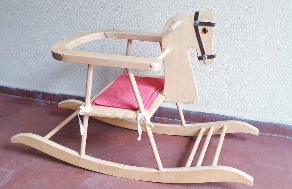 Schaukelpferd- Holz
