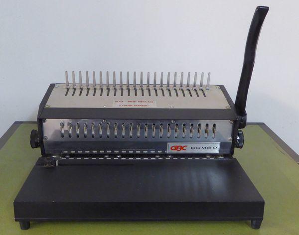 GBC Combo Spiral-Locher US-Gerät