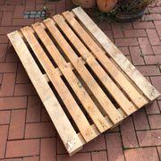 KOSTENLOS Einweg Palette für Anfeuerholz