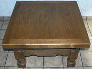 Kleiner massiver Tisch Eiche Rustikal