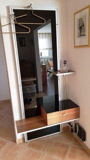 Garderobe Xenos von Holtkamp