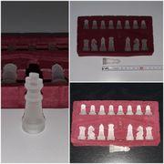 16 Schachfiguren KH ca 4