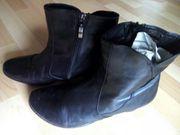 schwarze bequeme Leder - Stiefeletten