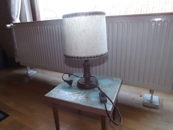 Lampe Stehlämpchen mit Schirm