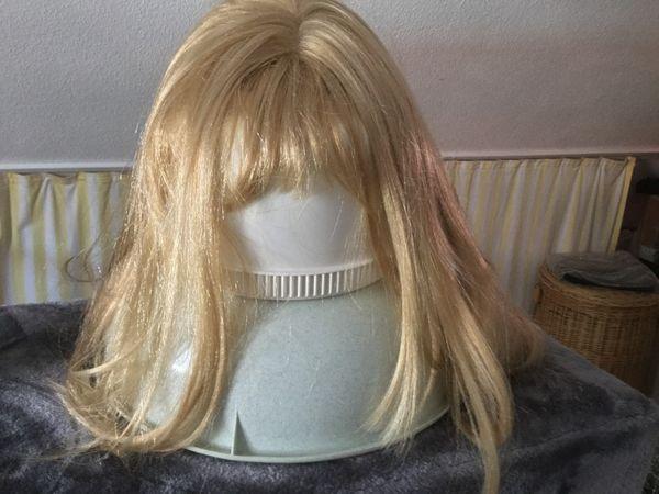Perrücken WIG wenig getragen blond