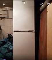 Kühlschrank mit Gefriertruhe