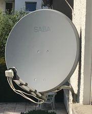 Satellitenschüssel von Saba mit 4fach