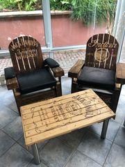 Jack Daniels Tisch mit Stühlen