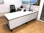 Schreibtisch Hali mit Rollcontainer