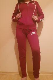 Nike Jogging Anzug Gr S