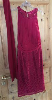 Kleid mit Spitzen Gr 38