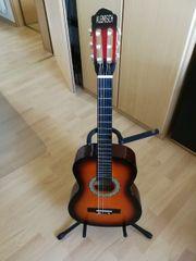 Gitarre mit reichhaltigem Zubehör