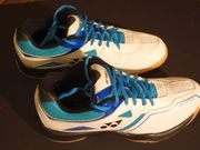 Neue Badmintonschuhe Yonex Power Cushion