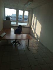 Büroraum incl 2 Schreibtische Laminat