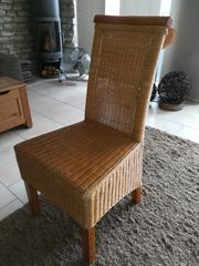 Rattan-Stühle