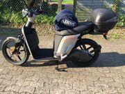 Vermietung E-Motorroller Askoll mit Vollkasko