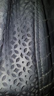 Neue Jacke in Lederoptik von
