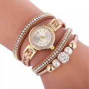 Quarzuhr mit Wunderschönen Armbändern