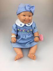 Baby Puppe inkl Kleid Hut