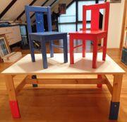 1 A Kindertisch mit 2 Stühlen