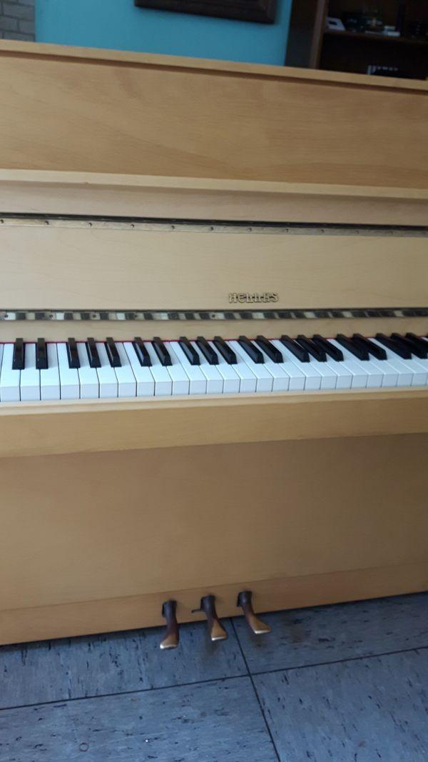 Klavier e Teilweise mit Renner