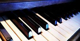 Klavierunterricht für Anfänger und Fortgeschrittene (inklusive Notenverleih)