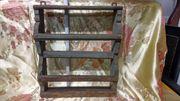 Antikes rustikales Tellerbord aus Holz