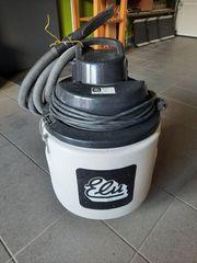 Staubsauger ELU mit Gerätesteckdose