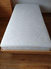 Single-Bett Buche mit Lattenrost und