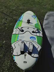 Surfbrett mit Segel komplett