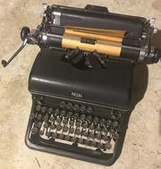 Antike Schreibmaschine KMM 88 ROYAL