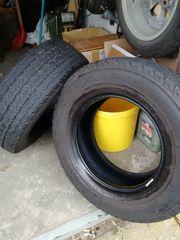 2x Bridgestone Duravis 215 70